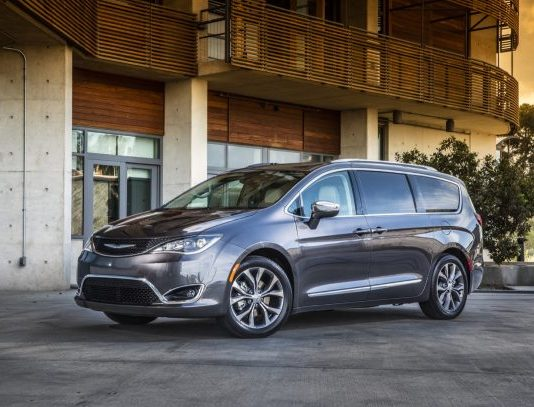 latest automotive news, best new and used cars, find a new car 0cf9d_2017-Chrysler-Pacifica-Limited-610x407-534x407 Autobunch