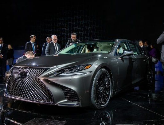 latest automotive news, best new and used cars, find a new car 3714f_2018-Lexus-LS-NAIAS-1-of-3-610x407-534x407 Autobunch