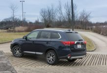 latest automotive news, best new and used cars, find a new car e4b75_2018-Mitsubishi-Outlander-Exterior-4-of-5-610x407-218x150 Autobunch